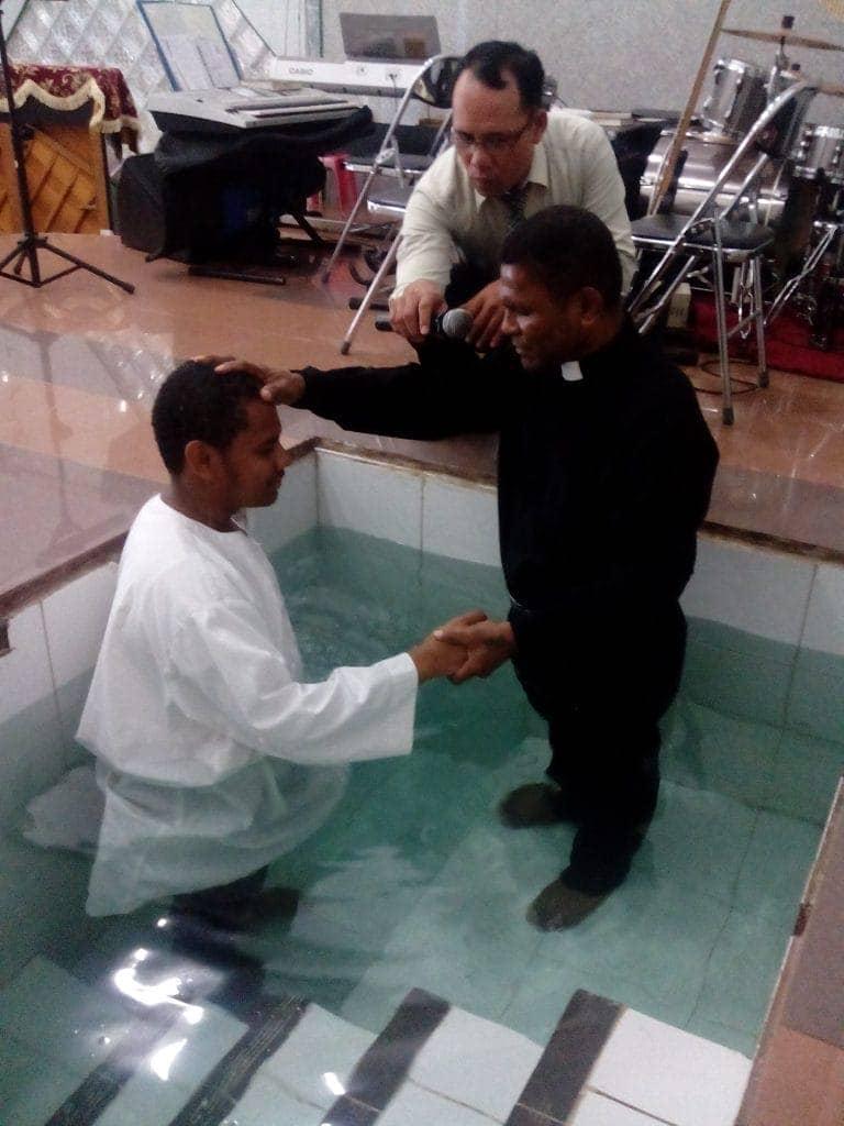 baptisan kudus