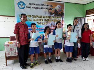 Juara Olimpiade Tingkat Distrik Jayapura Selatan Bidang Studi IPA dan Matematika